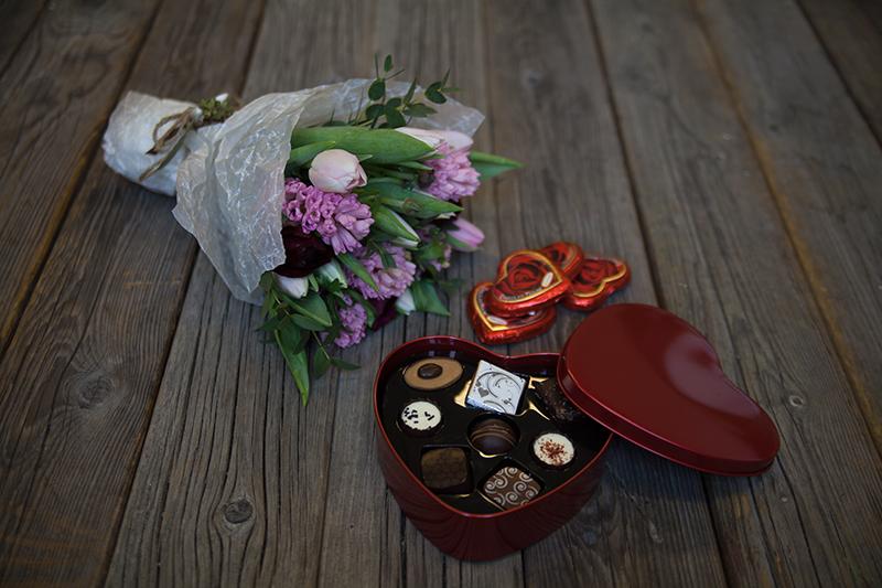 skien-by-kreative-gaver-til-mor-blomster_sjokolade