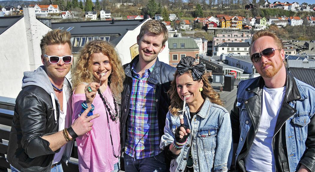 skien-by-80-tallsfest-pa-brygga-hitstory2