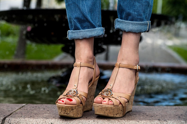 skien-by-nye-sommersko-sandaler