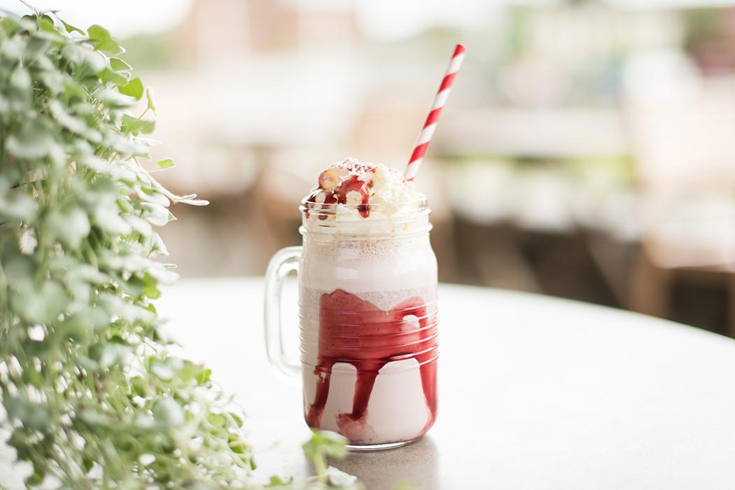 Kirsebær milkshake